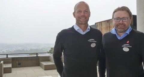 BRA FOR ALLE: Jørre Kjemperud og Frode Ellefsen fortsetter som mindretallseiere ved Kragerø Resort. De tror at Ivar Tollefsens oppkjøp av Resorten blir positiv for hele Kragerø. Foto: Jon Fivelstad