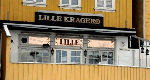PÅ GRENSEN: Hvis «Lille Kragerø» får 10 prikker etter kontrollen i april, ligger de svært nær grensen får å kunne miste bevillingen for en periode. (Arkivfoto) (Foto: Jimmy Åsen)