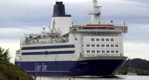 MÅTTE TIL MOSS: Color Viking fikk ikke lagt til kai i Sandefjord onsdag kveld. Foto: Arkivfoto