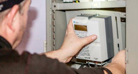 SJOKKREGNING: Etterslep på strømforbruket slår hardt ut når nye målere monteres og det virkelige forbruket kommer for en dag.