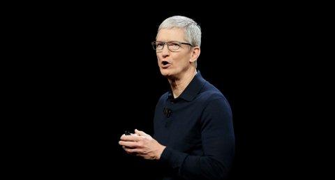 Apple-sjef Tim Cook kunngjorde i mai at Norge får Apple Pay i løpet av noen måneder. Onsdag ble det klart at flere norske bankkunder får tilgang til betalingstjenesten. Foto: AP / Marcio Jose Sanchez / NTB scanpix