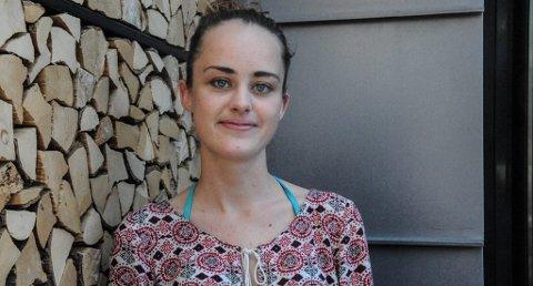 """KOM UT: Gjennom TV2-serien """"Singel"""" kom 22 år gamle Malin Kristine Freitag fra Tønsberg ut med at hun lider av vaginisme. En sykdom hun ønsker mer åpenhet rundt i samfunnet. Foto: Thea Natalie Svendsen"""