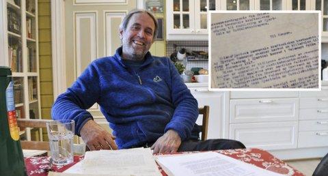 To år: Mathias Kleppen forteller at de har jobbet med saken i to år, etter at han fant de gamle papirene hjemme på gården. Han forteller også at om det eventuelt skulle bygges et Sauland kraftverk i framtida, så vil ikke det bli berørt av den avtalen som snart skal signeres.
