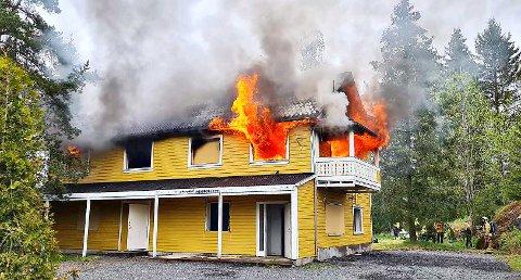 Eneboligen skulle rives uansett, og da var denne løsningen best for både huseier og brannvesen.