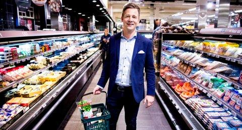 UTFORDRER: Daniel Pedersen er sjef i Mega. Han lover at selskapet skal ta opp konkurransen med markedsleder Meny. Foto: Foto: John Terje Pedersen