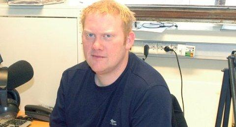 Geir Håkon Olsen går fra radio til regnskap.
