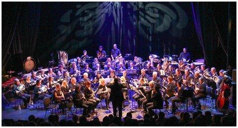 Både Mozart, Piazolla og Gershwin står på programmet når en gruppe fra Borge musikkorps spiller i Fredrikstad domkirke, lørdag 13. april.