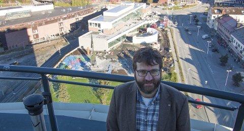 Fornøyd: – Jeg er fornøyd med at Regjeringens forslag til bevilgning sikrer driften av Narviksenteret også etter at vi har flyttet inn i det nye bygget, sier direktør Eystein Markusson. foto: jan erik teigen