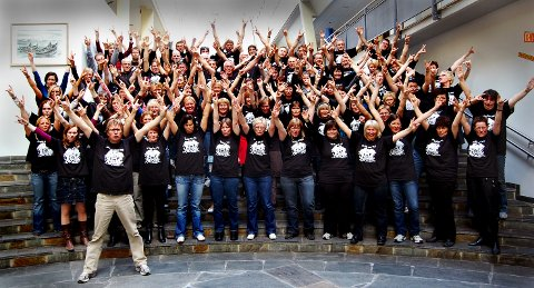 Slik så det ut i 2009 da Queen-koret var samlet.