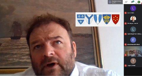 Videomøte: Ordførar Roald Aga Haug (Ap) las i formannskapet opp uttalen frå kommunane Bjørnafjorden, Samnanger, Kvam, Ullensvang og Kvinnherad - som mellom anna ønsker utgreiing av ferjefri E39 med indre trasé. Dei fem kommunane har til saman 60.000 innbyggarar. – Ein slik felles uttale vil ha betydeleg påverkingskraft, seier Aga Haug. Skjermdump