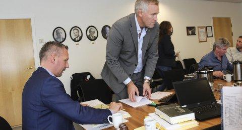 GLADSAK:  Tirsdag fikk formannskapet i Alstahaug siste nytt om den såkalte hotell og habilitetssaken som ble besluttet henlagt av politiet mandag. Bilder: Rune Pedersen