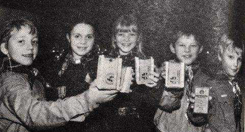 SPEIDERAKSJON: Disse ulvungene i Namsos var klare for «Aksjon Julebukk» i 1981 til inntekt for FNs barnefond Unicef. IFra venstre Gunnar Lien, Nora Sitter, Kjersti Myre, Nils Hermann Ranum og Geir Ramstad.