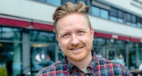 GLEDER SEG TIL PÅSKEFERIE: Christian Bakke er en av mange som skal reise bort, men det er faktisk ikke alle som skal reise hjemmefra denne påsken.