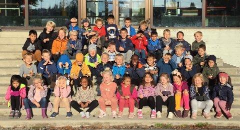 IKKE VANLIG: På dette førstetrinnet ved Lande skole er nesten fire av fem elever gutter.