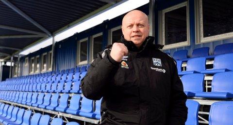 Kristiansund Ballklubb må permittere alle administativ ansatte, mens spillere og trenere foreløpig ikke er omfattet av permitteringsvarselet, opplyser daglig leder Kjetil Thorsen.