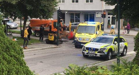 Arbeidsulykken har skjedd i krysset mellom Langveien og Kong Olav Vs gate.