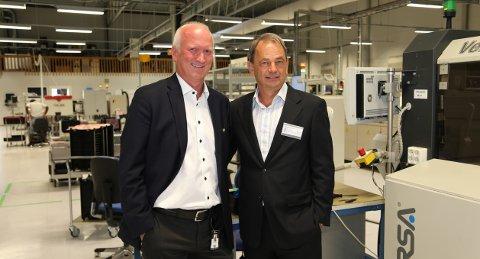 RADAR-OVERVÅKNING: Øyvind Sedivy (til venstre) i Norautron og Tore Bekkevold i Saab Norge skal samarbeide for å vinne kontrakten om militær radarovervåkning av Norges luftrom.