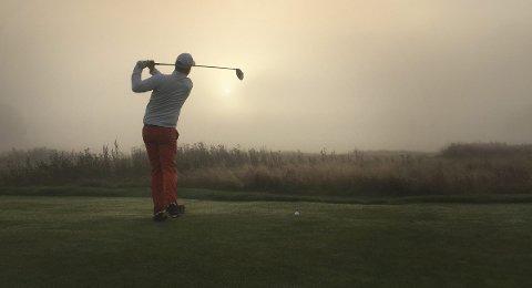 Går så det griner: De lokale golfklubbene opplever tidenes halvår som følge av koronaperioden.
