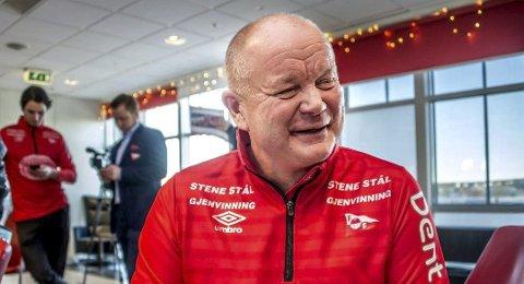 MJØLNER-HJELP: Fredrikstad-trener Per-Mathias Høgmo kan få frem smilet igjen dersom Mjølner slår Raufoss i helgen.
