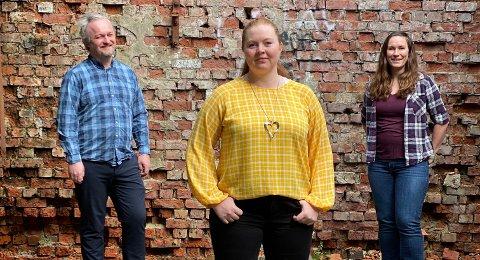 Kristian Georg Moe (fra venstre), Katrine Auglend og Grethe Kristine Odland har laget en virtuell rebus for å gi figgjobuene noe å gjøre på denne spesielle påsken.