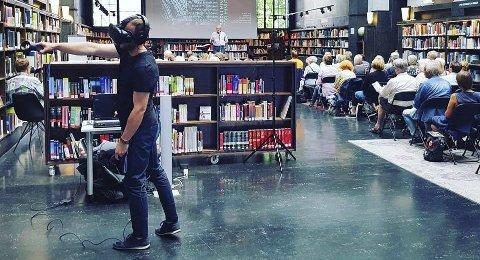BØRLI I EN DIGITAL VERDEN: Spillverdenen er velkjent for særlig unge, og nå kan de og alle andre møte Hans Børli i en virtuell verden - i Tyrielden Eidskog bibliotek.