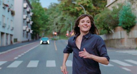 Renate Reinsve fikk prisen for beste kvinnelige hovedrolle i Cannes.
