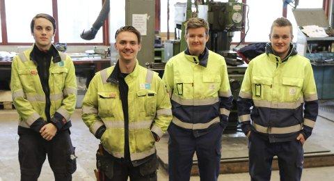 Unge i industrien: Frå venstre Daniel Brattebø (praktikant), Joacim Tellevik Varberg (nytilsett på Bilfinger), Øystein Enes (praktikant) og Erlend Sjurstræ (praktikant på Bilfinger, har fått læreplass på Odda Technology).