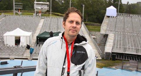 SØKER STATISTER: Fredrik Akselberg er produksjonssjef i Opera Østfold.
