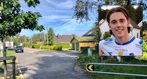 TRUET: Det var her ved bommen i Ungdomsveien på Bredsand at Jørgen Lindum Røine fikk rettet et replika-våpen mot seg.  - Jeg ble dritredd, sier 22-åringen.