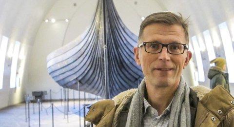 KAN JUBLE: Håkon Glørstad fra Tjøme (avbildet) og UiO-rektor Svein Stølen kan begge være fornøyde.