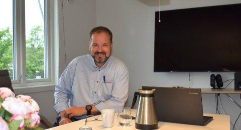 Anders Knutsen, kjøpmann i Rema 1000 har vært mentor i flere år og hjulpet unge voksne ut i arbeidslivet.