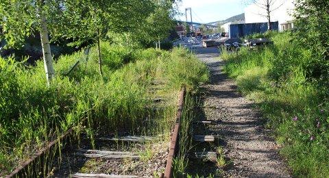 SVILLER: Bane NOR vil nedlegge jernbanen i Brevik.