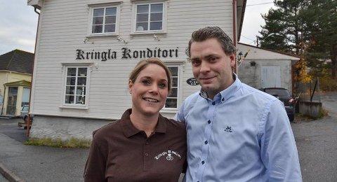 """Ekteparet Espen og Anne Berit Willards står bak Kringla Konditori. Nå har Espen Willards registrert firmaet """"Rakkestad Spesialbakeri AS"""" i Brønnøysundregisteret med Martin Levernes som styreleder."""