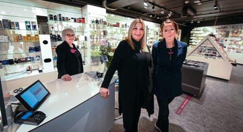 Skin Tonic åpner opp i nyoppussede lokaler. Fra venstre: Ragnhild Karstensen, Lone Thrane og Lise Dragland.