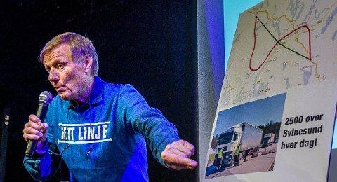 - Når dette prestisjeprosjektet som sannsynligvis vil koste noe sånt som 50 milliarder kroner fra Haug i Råde til Klavestad i Sarpsborg for en 35 kilometer lang strekning da må jo noen begynne å ta til vettet, mener Per Olaf Toftner, 1. kandidat for Det Rette Parti, om Intercity-utbyggingen. (Foto: Johnny Helgesen)