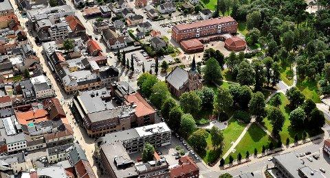 Det er mange sarpinger som for tiden er satt i karantene som følge av den rekordhøye smitten som florerer i Sarpsborg-samfunnet.
