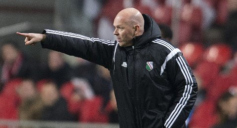Legia Warsaw's coach Henning Berg gestures during their Europa League soccer match against Ajax Amsterdam in Amsterdam February 19 , 2015. REUTERS/Toussaint Kluiters/United Photos (NETHERLANDS - Tags: SPORT SOCCER)