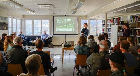 Festivalsjef Julie Forchhammer og Vinjerock inviterte nyleg til temakveld «Det grøne skiftet i Valdres» i Vang.