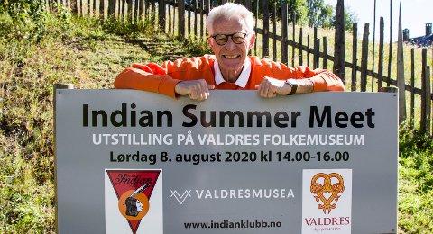 Til Seljord i 2021: Løpsgeneral i Norsk Indian Klubb, Arne Bjørn Hoel, har nettopp lagt bak seg det tiende Indiantreffet i Valdres. I 2021 varsler han at det internasjonale treffet, som de er tildelt, blir flyttet til Seljord. FOTO: Ingri Valen Egeland.