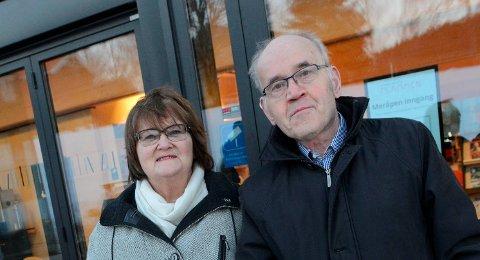 PÅFLYTTEFOTO:Astrid og Gerd Peymann har kjøpt toppleiligheten i B-blokka i Kvernstua og flytter om kort tid fra enebolig i Holum skog til blokk på Rotnes.