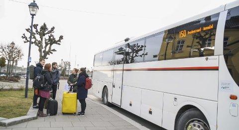 Ny endestasjon: Fra 2017 blir Tollboden den nye endestasjonen for samtlige bussruter i Risør. Foto: Marianne stene