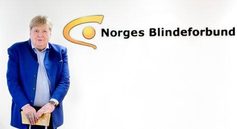 Generalsekretær i Blindeforbundet, Karsten Aak fortel at mange er forvirra over dei nye retningslinjene.