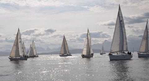 I 2018 arrangeres en stor nasjonal regatta i Bodø. Her fra Vestfjordseilasen i 2013.