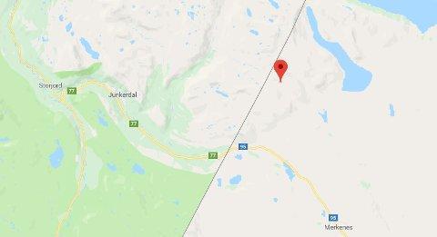 Ulykken skjedde ved Laddejaure på svensk side av grensen. Dette er stedet hvor ulykken skjedde ut fra koordinatene.