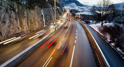 Utslippene fra trafikken i Ytre Sandviken skal overvåkes grundigere. I januar setter kommunen ut minst seks nye luftmålere plassert på forskjellige steder i området.