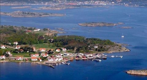 Rådmann Dag W Eriksen mener det er viktig å beholde helårsbeboelse på Herføl. Han har derfor sagt nei til å gjøre om et hus til 14 millioner kroner til hytte.