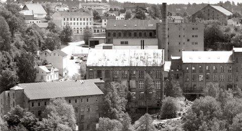 SPINNERIET: Her startet den industrielle revolusjonen i Norge. Mange vil måtte omstille seg når vi nå går inn i»Den 4. industrielle revolusjonen», skriver David Aleksandersen. Arkivfoto: HA