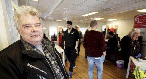Liker å møte folk: Jan Olav Nordahl er jobbsøker fra Kronlia. Han likte godt å få muligheten til å snakke med arbeidsgivere ansikt til ansikt.foto: Jarl Rehn-Erichsen