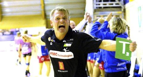 GA SEG: Tidligere Skrim-trener Bent Dahl ga seg som trener for ungarske Siofok. FOTO: OLE JOHN HOSTVEDT