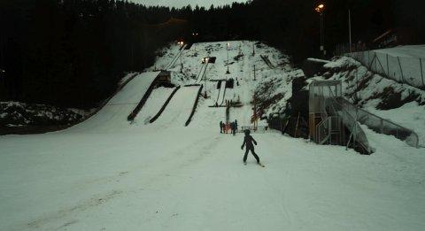 AVLYST: KIF skulle ha arrangert hopprenn i Idrettsparken lørdag, men det er nå avlyst.